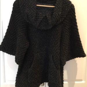 Zara Ladies Gray Poncho Style Sweater Size Large
